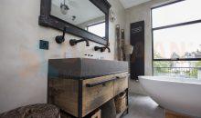 Betonvloer naadloos badkamer microcement