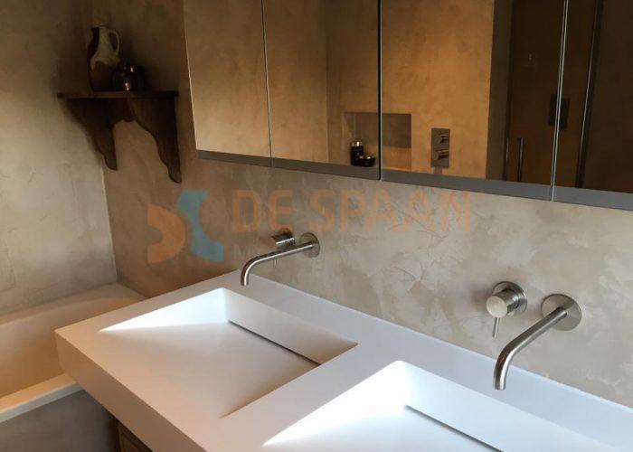 "De Spaan Microcement – Microcement naadloze badkamer wanden ""Project ..."